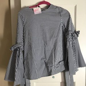 NWT Small Chicwish blouse